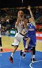 Z basketbalového utkání nadstavbové části Nymburk - USK Praha (84:56)