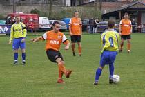 Z okresního fotbalového derby I.B třídy Libice - Sokoleč (2:1)