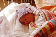 MELANIE JE PRVNÍ V RODINĚ. Melanie Hudáčková se narodila mamince Tereze a tátovi Jiřímu 29. září 2017 ve 20.40 hodin. Vážila 2 600 g a měřila 50 cm. Rodiče tušili, že se jim narodí holčička. Rodinka je doma ve Šlotavě.