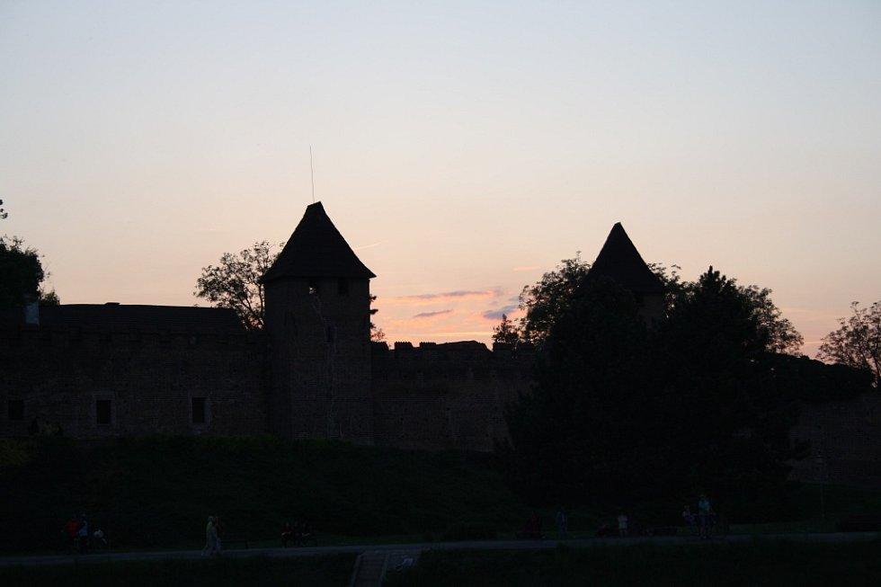 Pálení čarodějnic na Nymbursku.