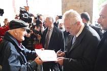 Před a při návštěvě prezidenta Zemana v Nymburce