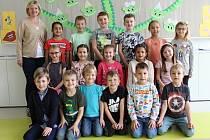 Třída 1. D s třídní učitelkou Blankou Petráškovou.