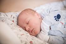 Kryštof Novotný, Milovice. Narodil se 30. ledna 2020 v 13.13 hodin, vážil 3 740g a měřil 52 cm. Z chlapečka se raduje maminka Lucie, tatínek Roman a sestra Viktorka (6 let).