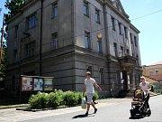 Do budovy bývalé radnice (na snímku) se po jejích úpravách přestěhují nymburští strážníci. Působit by v ní měli už příští rok.