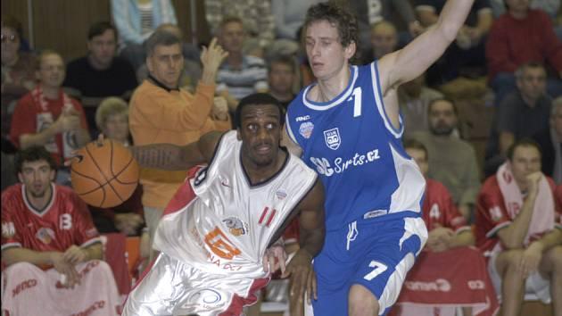 Basketbalisté Nymburka byli suverénně nejlepší v lize.