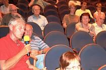 Diskuze v divadle Na Kovárně o Jiřího náměstí