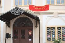 Loučeňský zámek o víkendu zkonfiskovali komunisti