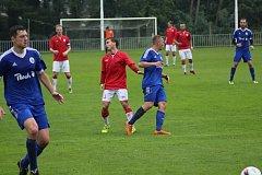 Z fotbalového utkání divize B Ostrá - Český Brod (3:2)