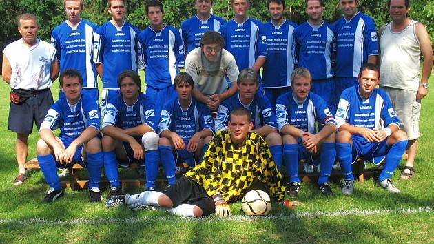 Fotbalisté Kostelní Lhoty budou od příštího roku hrát okresní přebor.