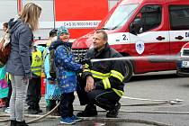Den otevřených vrat se konal v sídle hasičů u zimního stadionu.
