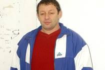 Veterán. Josef Kubánek z Poděbrad hraje fotbal i ve svých třiapadesáti letech