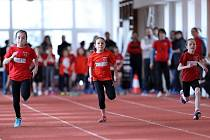TŘICET JEDNA MEDAILÍ získali nejmenší atleti nymburského oddílu SKP na Jarní ceně.
