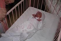 Kristýna Thea Valuchová se narodila necelé dvě hodiny po půlnoci