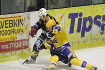 Z hokejového utkání druhé ligy Nymburk - Kutná Hora (1:2)