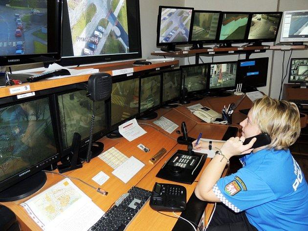 Od středy bude možné dovolat se přes linku 156 přímo nymburským strážníkům.