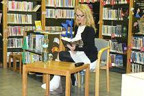 IRENA OBERMANNOVÁ loni v nymburské knihovně.