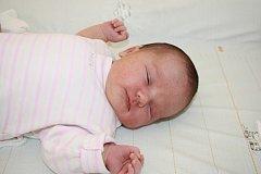 MIA BYLA PŘEKVAPENÍ. Mia KUBÁTOVÁ bude slavit narozeniny 4. května a počítat je bude od roku 2015. Přišla na svět v 16.35 hodin, vážila 3 580 g a měřila 49 cm. Maminka Lenka a táta Petr budou bydlet se svým prvorozeným miminkem v  Třebestovicích.