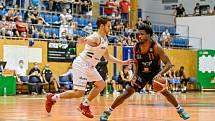Z basketbalového utkání Kooperativa NBL Svitavy - Nymburk (84:107)