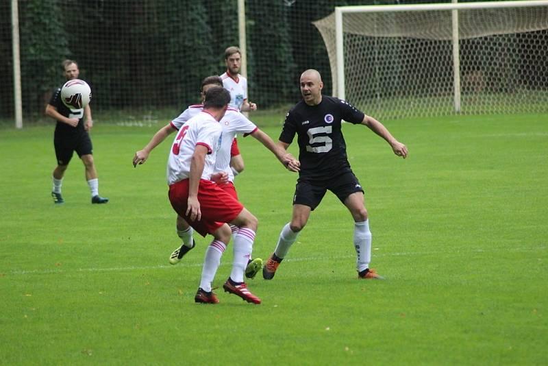Z fotbalového utkání I.A třídy Slovan Poděbrady - Dolní Bousov