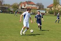 Z okresního fotbalového derby I.B třídy Libice nad Cidlinou - Poříčany (3:1)