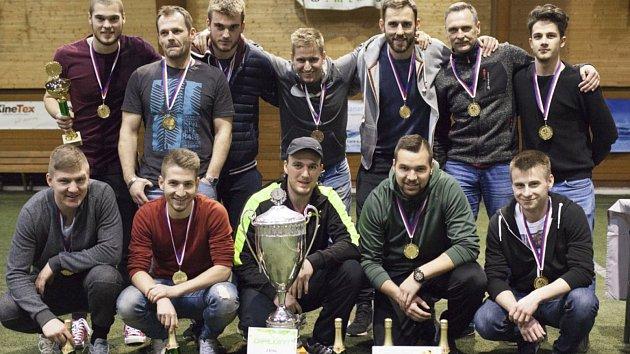 J-elita. Tento tým se stal posledním vítězem Milovické ligy malého fotbalu. Kdo se bude radovat z
