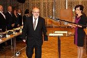 Z ustavujícího zasedání zastupitelstva města v Nymburce.