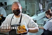 Projekt 'Rozbalte to' podporuje restaurace v tíživé situaci. Zapojil se do něj i Náš Hostinec v Poděbradech.
