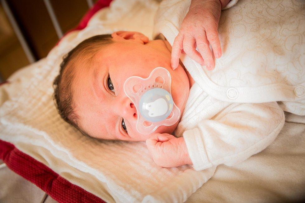 Tereza Kadeřábková, Nymburk. Narodila se 10. května 2019 v 18.53 hodin, vážila 3 100g a měřila 47 cm. Na holčičku se těšili Zuzana a Jan.