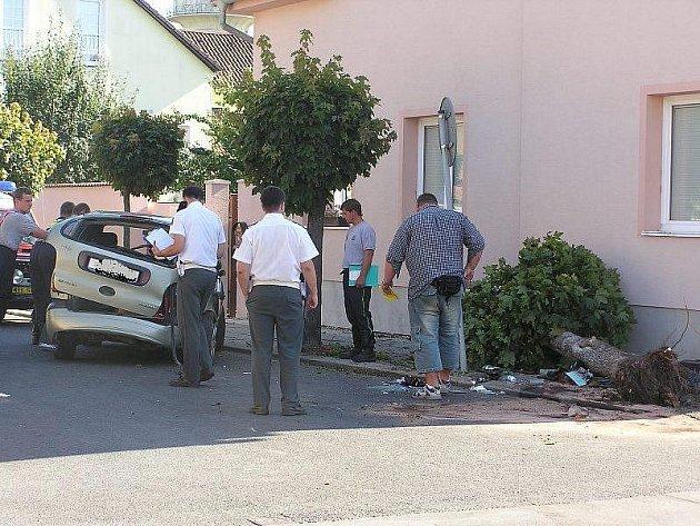 Už několikátá letošní nehoda se stala na téže křižovatce v Nymburce