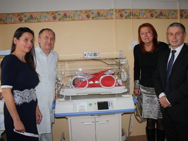 Novorozenecké oddělení dostalo nové oxymetry