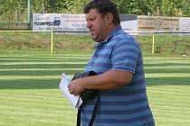 Trenér Pavel Jareš.
