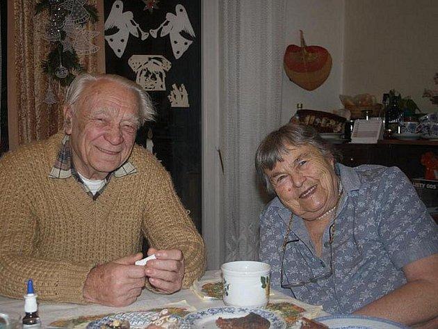 Manželé Veselí z Domova důchodců v Rožďalovicích.