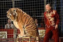 První český Národní cirkus Jo-Joo představuje nový program