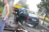 Za Sadskou došlo k vážné dopravní nehodě