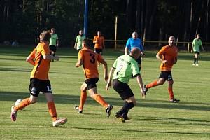 Z fotbalového utkání okresního přeboru Třebestovice - Hrubý Jeseník (4:3)