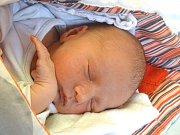 SEBASTIAN ŠAFAŘÍK se narodil 7. února 2018 v 18.07 hodin s výškou 45 cm a váhou 3 020 g. Doma v Sadské se z očekávaného chlapečka radují rodiče Michaela a Jakub a devítiletý bráška Šimon.