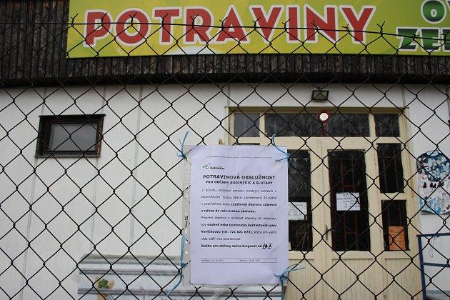 Po uzavření prodejny vBudiměřicích vozí obec seniory za nákupem do sousedních Rašovic.