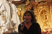 Koncert Marty Kubišové v rožďalovickém kostele sv. Havla.