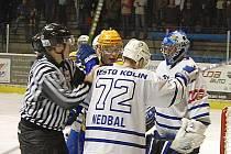 Z hokejového derby druhé ligy Nymburk - Kolín (1:2)