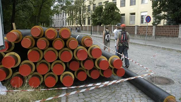 Stavba horkovodu na čas uzavře Velké Valy a Tyršovu ulici.