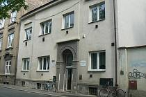 Budova na Velkých Valech, kde K-centrum sídlí jedenáctým rokem