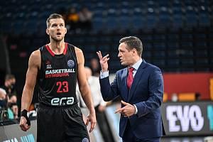 Basketbalisté Nymburka vyhráli na palubovce PAOK Soluň o jediný bod