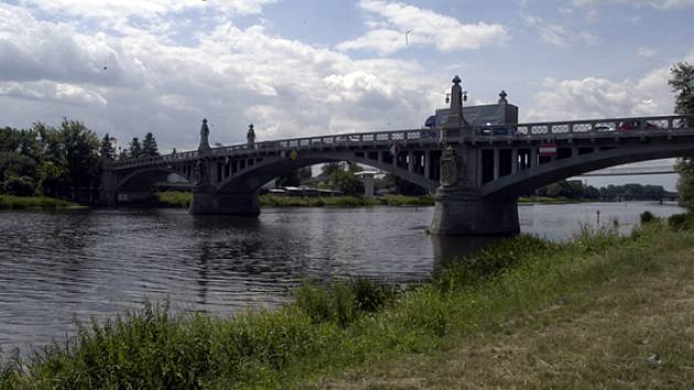 Most v Nymburce