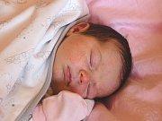 ROSALIE STURCOVÁ se narodila 5. února 2018 v 15.25 hodin s výškou 48 cm a váhou 3 740 g. Z prvorozené se radují rodiče Ivana a Jakub z Lysé nad Labem, kde se na holčičku předem těšili.