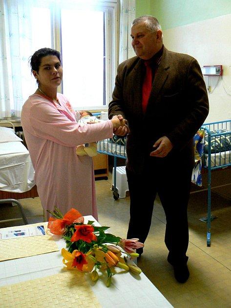 První novoroční miminko na Nymbursku je Zlatuška