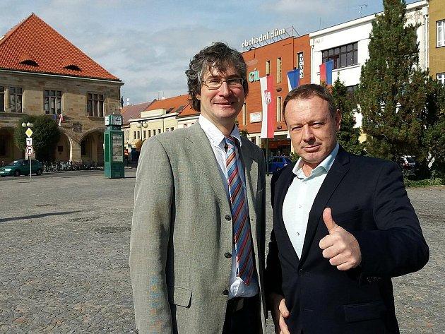 Starosta Nymburka Pavel Fojtík (vlevo) a Michal Dvořák, prezident festivalu Soundtrack.