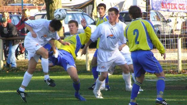 Fotbalisté Sokolče znají termín dohrávky s Benátkami. Se soupeřem se utkají v sobotu 24. listopadu