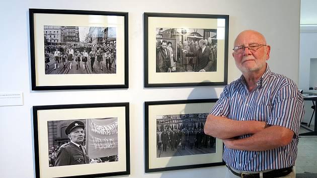 Poděbraďák Pavel Šticha je spoluautorem výstavy fotografií připomínajících dění roku 1968.