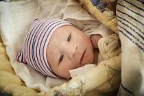 Oskar Svoboda, Nymburk. Narodil se 15. dubna 2019 ve 2.15 hodin. Vážil 3 380g a měřil 50 cm. Rodiče si chlapečka odvezli domů do Nymburka.