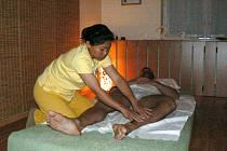 Do Poděbrad mohou zájemci vyrazit na pravou thajskou masáž